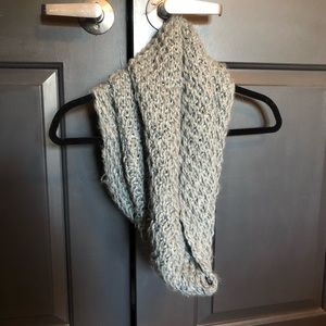 Gray Infinity Weaved Scarf with Metallic Thread
